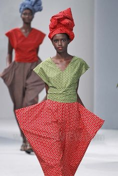 afrikani: ShweShwe - a much loved fabric made in South Africa, which has its roots in traditional indigo cloth, used by French designer Agnès B in her 2014 Spring-Summer collection. For history see here.