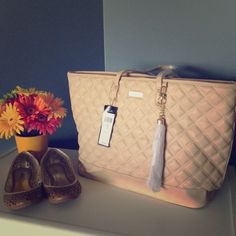 BCBG purse NWT in tan BCBG purse NWT in tan BCBG Bags Totes