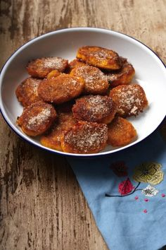sk08_4tapas07 South African Dishes, South African Recipes, Africa Recipes, Healthy Dessert Recipes, Vegetarian Recipes, Cooking Recipes, Drink Recipes, Desserts, Pumpkin Fritters