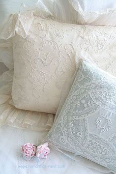 Lace pillow tops.