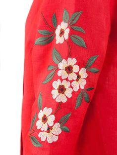 🏵️ На наших сукнях вже порозквітали квіти!🏵️ #Чічка #chichka #Сучасний_вишитий_одяг #Одяг_з_вишивкою  #Пошиття_під_замовлення #вишиванки #вишита_сорочка #Вишитий_одяг #Вишивка_під_замовлення #Ексклюзивний_дизайн #Дизайнерський_одяг #Вишиванки #embroidery #україночка #ua #ukr #ukraine #ukrainian #ukrainiangirl #ukrainki #ukrainianboy #ukraine_beauty #fashion #моднітенденції #українськийдизайнер #вишивка #українськийбренд #вдягайукраїнське #дизайнерськавишика #зробленовукраїні