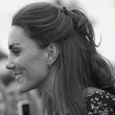 Kate Middleton. Beautiful in Black & White.