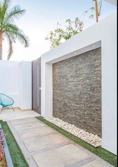 Front Wall Design, House Fence Design, Exterior Wall Design, Modern Fence Design, Backyard Garden Design, Patio Design, Wall Design Outside House, Gate Wall Design, Tor Design