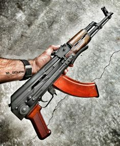 No photo description available. Weapons Guns, Military Weapons, Guns And Ammo, Ak 47, Tactical Rifles, Firearms, Wine Wallpaper, Homemade Weapons, Submachine Gun