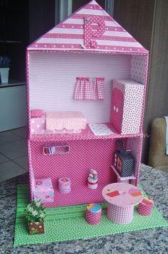 Casa de boneca de papelão - Reuse - Upcycle - Fabric - Artesanato
