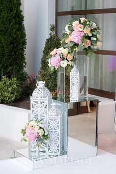 Glass Vase, Table Decorations, Furniture, Home Decor, Decoration Home, Room Decor, Home Furnishings, Arredamento, Dinner Table Decorations