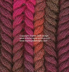 detail neckwarmer réalisé avec la laine 294e402 disponible dans ma boutique www.crochet-laine-et-tricot.com
