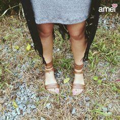 Nos pés @loja_amei 💙 #lojaamei #etiquetaamei #gladiadora #sandalia #marrom #natureza