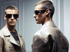 Slashed leather bomber and pilot sunglasses from the SS17 runway