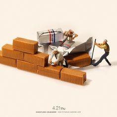 """. 4.21 thu """"Brick walls"""" . しっかりと壁をきゃためる . #キャラメル #固める #壁 #レンガ #このあとおいしくいただきました #Brick #Caramel . . ーーーーーーーーー #写真集第2弾発売中 #MiniatureLife2 #ミニチュアライフ2 #ネットで購入はプロフィールのURLから ."""