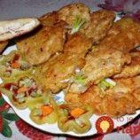 Chicken steak in potato batter / Culinary Universe Chicken Steak, Tandoori Chicken, Healthy Diet Recipes, Cooking Recipes, Czech Recipes, Ethnic Recipes, Chicken Cutlets, Home Food, Food Design