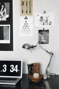 Now this is the beautiful workspace of a person who loves typography and order the way I do.