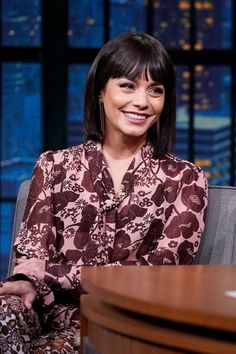 Whether you're going for a blunt bangs hairstyle or blunt haircut with bangs you need to check out this inspo before you book your appointment. Short Hair With Bangs, Short Hair Cuts, Short Hair Styles, Blunt Haircut, Blunt Bangs, Best Short Haircuts, Haircuts With Bangs, Celebrity Hairstyles, Trendy Hairstyles