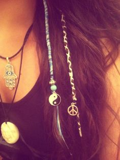themoonphase:  ॐThe Hippie Treehouseॐ  I think this is so beautiful and I can't wait to try it!
