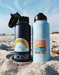How to Take Good Beach Photos Summer Dream, Summer Fun, Summer Goals, Summer Beach, Hydro Flask Water Bottle, Cute Water Bottles, Vsco Pictures, Foto Instagram, Summer Aesthetic
