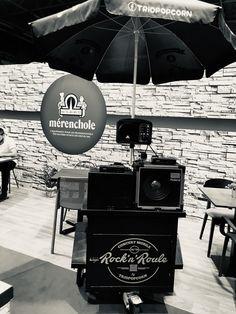 Rock 'n' Roule : Le concert rock qui roule  Salon Dauphinois de l'hôtellerie et des métiers de bouche Mérenchole 👍 #Salondauphinois #merenchole #rockNroule #vintage #rocknroll #triopopcorn #musique #parcexpo #restaurant #hotellerie #cafe #brasserie #bar Concert Rock, Le Concert, Pop Rock, Expo, Restaurant, Bar, Movie Posters, Movies, Vintage