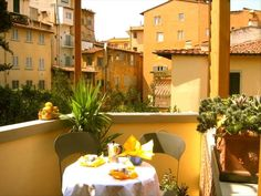 Ponte Vecchio Vacation Rental - VRBO 27581 - 1 BR Florence House in Italy, Ponte Vecchio Charmer-Terrace-AC-WiFi-Great Location!