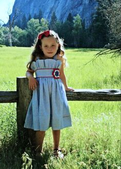 This little girl dress is precious!
