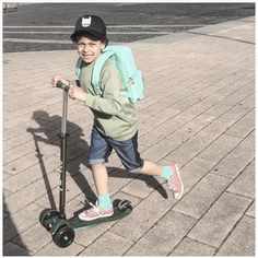"s t y l i n g & c o n c e p t op Instagram: ""On the set! #littlehipster #kidsstylist #munsterkids #kidsfahion"""
