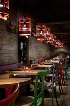 Fast Food Restaurant Interior Design Ideas That You Should Focus On - Bored Art Decoration Restaurant, Restaurant Lighting, Restaurant Concept, Bar Restaurant, Luxury Restaurant, Vintage Restaurant, Bar Interior, Restaurant Interior Design, Bistro Decor