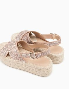 Zappos Women S Luxury Shoes Pretty Shoes, Cute Shoes, Beautiful Shoes, Me Too Shoes, Cute Sandals, Shoes Sandals, Espadrilles, Luxury Shoes, Mode Style