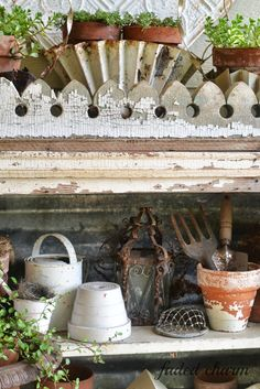 Faded Charm: ~Whites on the Porch~ Verblichener Charme: ~ Weiße hinaus dieser Veranda ~ Garden Junk, Garden Pots, Garden Sheds, Cheap Greenhouse, Greenhouse Ideas, Pallet Greenhouse, Indoor Greenhouse, Potting Tables, Potting Sheds