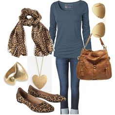 But with just 1 leopard accessory. || Casual Leopard - Mom Fashion