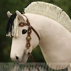 Hobby Horse, Horse Tack, Stick Horses, Year Of The Horse, Tallit, Horse Crafts, Palomino, Maternity, Sewing
