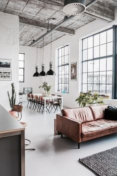 Lovely soft colors and details in your interiors. Latest Home Interior Trends. - Home Decoration - Interior Design Ideas Loft Industrial, Industrial Interiors, Industrial Furniture, Kitchen Industrial, White Industrial, Industrial Apartment, Modern Furniture, Loft Furniture, Furniture Ideas