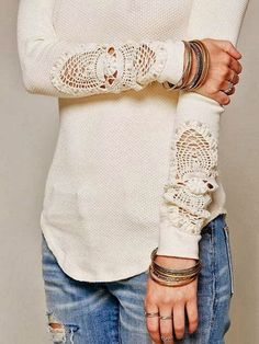 DIY T Shirt Lace Sleeves – Day 19 http://interestingfor.me/diy-t-shirt-lace-sleeves-day-19/