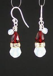 Jewelry OFF! Latest Christmas Jewelry Gift Ideas for Her Xmas Jewelry Trends Wire Jewelry, Jewelry Crafts, Beaded Jewelry, Handmade Jewellery, Body Jewelry, Swarovski Crystal Beads, Homemade Jewelry, Bijoux Diy, Christmas Jewelry