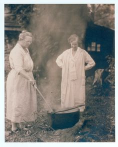 Lucy Morgan watching local spinner Emma Conley stir the dyepot, circa 1930. Penland. NC. Morgan was instrumental in starting Penland Weavers with became Penland School of Handicrafts in 1929. today, the Penland School of Crafts is nationally recognized center for craft education. via Appalachian Voices