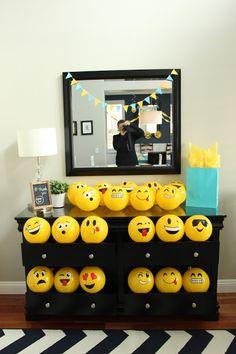 Emoji Birthday Party Favors - Emoji Beach Balls #emoji #birthday #party #favor #favors #beach #ball