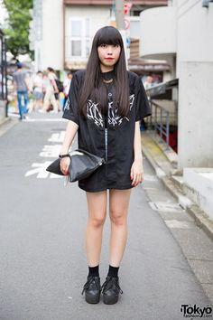 Harajuku Girl in UNIF x Candy Fashion & M.Y.O.B. NYC Clutch (Tokyo Fashion, 2015)
