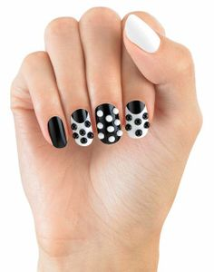 Nail art a pois House of Holland
