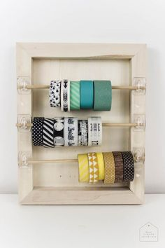 10 Minute DIYs: Washi Tape Organizer Organize your craft space with this simple DIY that will take you less than 5 minutes with this washi tape organizer! Great idea for any craft space! Craft Room Storage, Craft Organization, Diy Storage, Paper Storage, Planner Organization, Diy Washi Tape Holder, Washi Tape Crafts, Diy Washi Tape Organizer, Diy Washi Tape Storage