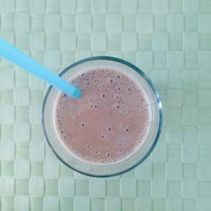 Chunky Monkey Smoothie  http://www.prevention.com/food/8-smoothie-recipes-coffee/slide/6