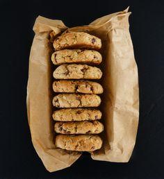 De délicieux cookies aux flocons d'avoine et aux pépites de chocolat noir… Attention, ils disparaissent vite…