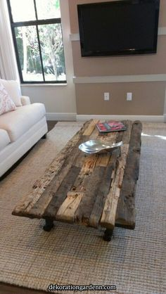 Creative DIY Coffee Table Ideas You Can Build Yourself - Allard Home Design - Welcome to the World of Decor! Rustic Coffee Tables, Diy Coffee Table, Rustic Table, Rustic Decor, Rustic Farmhouse, Farmhouse Table, Driftwood Coffee Table, Decor Rustique, Rustic Couch