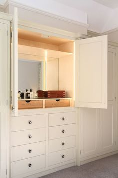 See more luxury dressing table design inspirations at www.maisonvalenti… See more luxury dressing table design inspirations at www. Bedroom Built Ins, Master Bedroom Closet, Bedroom Wardrobe, Bedroom Storage, Home Bedroom, Closet Built Ins, Master Bathroom, Built In Dressing Table, Dressing Table Design