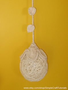 PDF Crochet Pattern Tutorial Day Night Flower Ball Decoration Light Home Decor Flowerball Wedding Lamp from Simple Craft Tutorials Crochet Stitches Patterns, Thread Crochet, Crochet Toys, Lampe Crochet, Christmas Arts And Crafts, Ball Decorations, Flower Ball, Ball Lights, Crochet Accessories