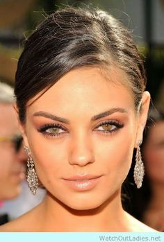 Mila Kunis hazel eyes make up for prom