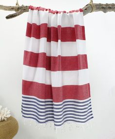 Now, towels are offered in a range of sizes, materials and designs. These towels are just amazing, and I'm already thinking about purchasing a couple more. Summer Wraps, Beach Bathrooms, Bathroom Towels, Turkish Towels, Holiday Fashion, Just Amazing, Trending Outfits, How To Wear, Quick Dry