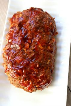 Instant Pot Bacon Barbecue Meatloaf with Mashed Potatoes The best flavored meatloaf ever is cooked at the same time and in the same pressure cooker as your mashed potatoes. Add a tossed salad and you have a complete meal ready to go in just a few minutes. Meatloaf With Bbq Sauce, Bacon Meatloaf, Best Meatloaf, Meatloaf Recipes, Meat Recipes, Cooking Recipes, Instapot Meatloaf, Crockpot Recipes, Cheeseburger Meatloaf