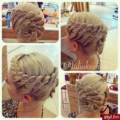 Trendy 2014: modne fryzury na wesele - Strona 71   Styl.fm