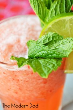 Strawberry Patch Lemonade | The Modern Dad