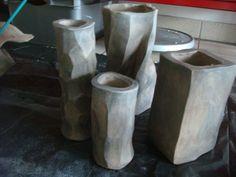 Vasen, die später mittels Schwarz/Mehlbrand verschönert werden Stove, Kitchen Appliances, Vases, Black, Cooking Stove, Diy Kitchen Appliances, Home Appliances, Hearth, Appliances