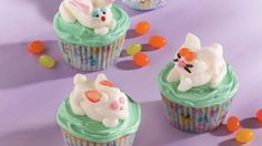 Hopping atop cute cupcakes, these rabbits are ones you'll want to multiply. You can decorate a big batch in no time, especially if you buy already made cupcakes.