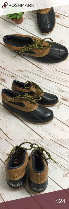 Sno Racer Vintage Low Steel Shank Duck Boat Boots Sno Racer Low Duck Boat Shoes. Women's 8. Vintage. Steel shank. Navy/Brown. Lace up. Good Preowned VTG Condition; general sign of wear, interior would need new insoles. Sno Racer Shoes Winter & Rain Boots