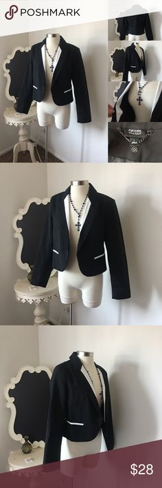 🌺Nicole Miller  Black & White Tuxedo Blazer 🌺Nicole Miller  Black & White Tuxedo Blazer  Black with Front Lapels- Front Pockets - Open Design - Lined  $28 - New with Tags  Reg: $78 Color: Black & White  Size : Large   Fabric : 51% Cotton - 41% Nylon  - 3% Spandex      🌺 Accessories Not Included 🌺  Please Check out my Other Items in my GIRLe B Posh Shoppe'  Like us on FB   www.facebook.com/girleboutique Thanks For Looking & Always Let your Clothes get All the Attention 💋 ❌⭕️, Christina…